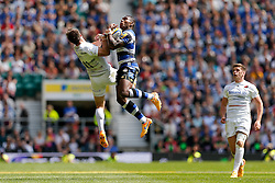 Saracens Winger Chris Wyles and Bath Winger Semesa Rokoduguni compete in the air for a high ball - Photo mandatory by-line: Rogan Thomson/JMP - 07966 386802 - 30/05/2015 - SPORT - RUGBY UNION - London, England - Twickenham Stadium - Bath Rugby v Saracens - 2015 Aviva Premiership Final.