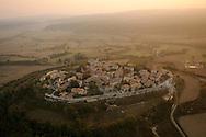 France, Languedoc Roussillon, Gard (30), Région Uzès, Lussan