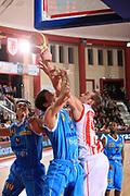 DESCRIZIONE : Teramo Lega A 2010-11 Banca Tercas Teramo Vanoli Braga Cremona<br /> GIOCATORE : Kevin Fletcher<br /> SQUADRA : Banca Tercas Teramo<br /> EVENTO : Campionato Lega A 2010-2011<br /> GARA : Banca Tercas Teramo Vanoli Braga Cremona<br /> DATA : 06/01/2011<br /> CATEGORIA : rimbalzo<br /> SPORT : Pallacanestro<br /> AUTORE : Agenzia Ciamillo-Castoria/M.Carrelli<br /> Galleria : Lega Basket A 2010-2011<br /> Fotonotizia : Teramo Lega A 2010-11 Banca Tercas Teramo Vanoli Braga Cremona<br /> Predefinita: