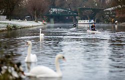 © Licensed to London News Pictures. 25/12/2018. Cambridge, UK. Rowers on the River Cam in Cambridge after a heavy frost on Christmas morning. Photo credit: Rob Pinney/LNP