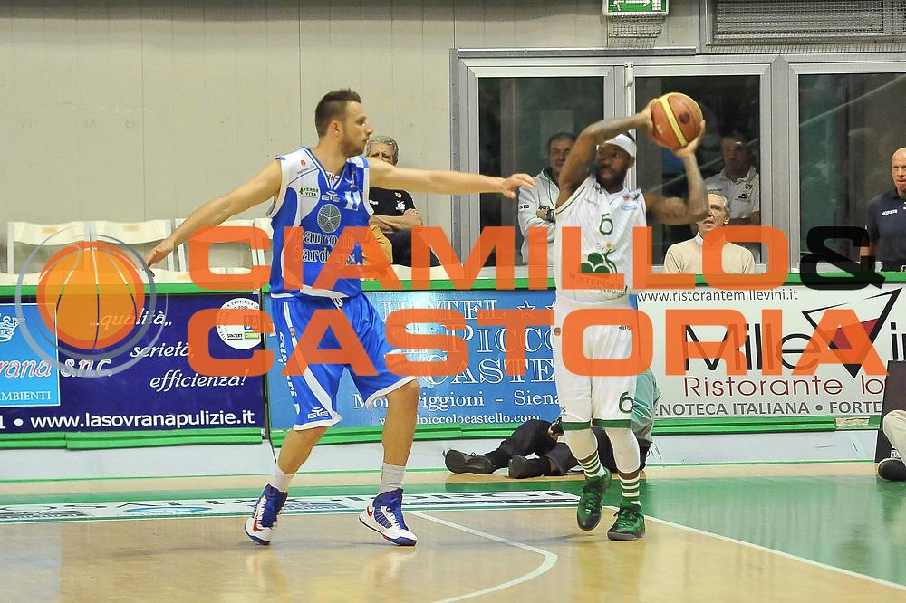 DESCRIZIONE : LegaBasket Serie A 2012-13 Montepaschi Siena - Banco di Sardegna Dinamo Sassari<br /> GIOCATORE : Bobby Brown<br /> CATEGORIA : Palleggio<br /> SQUADRA :  Montepaschi Siena<br /> EVENTO : Campionato Serie A<br /> GARA : Montepaschi Siena - Banco di Sardegna Dinamo Sassari<br /> DATA : 05/05/2013<br /> SPORT : Pallacanestro <br /> AUTORE : Agenzia Ciamillo-Castoria / Luigi Canu<br /> Galleria : Lega Basket A 2012-2013  <br /> Fotonotizia : LegaBasket Serie A 2012-13 Montepaschi Siena - Banco di Sardegna Dinamo Sassari<br /> Predefinita :