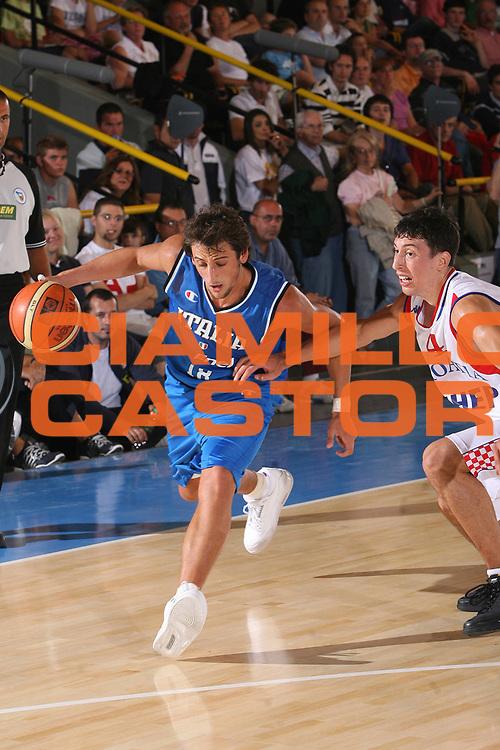 DESCRIZIONE : Bormio Torneo Internazionale Gianatti Italia Croazia <br /> GIOCATORE : Marco Belinelli <br /> SQUADRA : Nazionale Italiana Uomini <br /> EVENTO : Bormio Torneo Internazionale Gianatti <br /> GARA : Italia Croazia <br /> DATA : 01/08/2007 <br /> CATEGORIA : Penetrazione <br /> SPORT : Pallacanestro <br /> AUTORE : Agenzia Ciamillo-Castoria/S.Silvestri