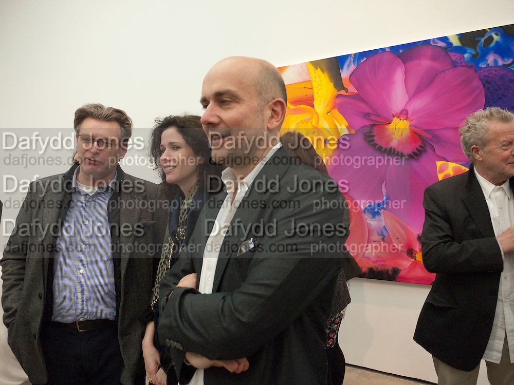 MARC QUINN; DUNCAN WARD; MOLLIE DENT-BROCKLEHURST, Marc Quinn exhibition opening. Allanah, Buck, Catman, Michael, Pamela and Thomas. White Cube Hoxton Sq. London. 6 May 2010.  *** Local Caption *** -DO NOT ARCHIVE-© Copyright Photograph by Dafydd Jones. 248 Clapham Rd. London SW9 0PZ. Tel 0207 820 0771. www.dafjones.com.<br /> MARC QUINN; DUNCAN WARD; MOLLIE DENT-BROCKLEHURST, Marc Quinn exhibition opening. Allanah, Buck, Catman, Michael, Pamela and Thomas. White Cube Hoxton Sq. London. 6 May 2010.