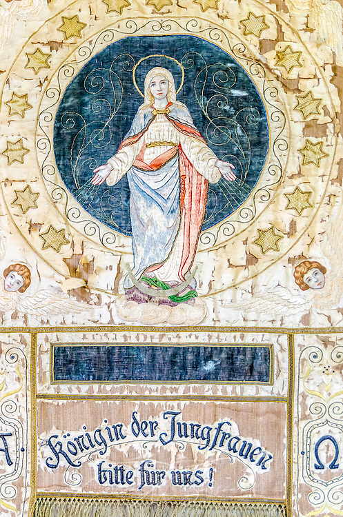 Detail from a tapestry hanging in the Chapel of Mercy in Greenwood, Miss. (Photo by Carmen K. Sisson)