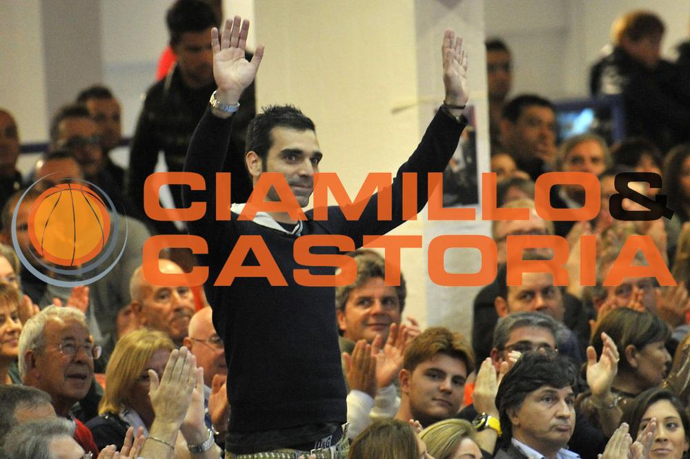 DESCRIZIONE : Brindisi A 2012-13 Enel Brindisi Scavolini Pesaro<br /> GIOCATORE : Michele Cardinale<br /> CATEGORIA : Vip<br /> SQUADRA : Enel Brindisi <br /> EVENTO : Campionato Lega A 2012-2013 <br /> GARA : Enel Brindisi Scavolini Pesaro<br /> DATA : 11/11/2012<br /> SPORT : Pallacanestro <br /> AUTORE : Agenzia Ciamillo-Castoria/V.Tasco<br /> Galleria : Lega Basket A 2012-2013  <br /> Fotonotizia : Brindisi Lega A 2012-13 Enel Brindisi Scavolini Pesaro<br /> Predefinita :