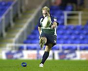 14/12/2003 - Photo  Peter Spurrier.2003/04 Parker Pen Challenge  Cup: London Irish vs Montauban.Mark Mapletoft, kicks a second half conversion.   [Mandatory Credit, Peter Spurier/ Intersport Images].