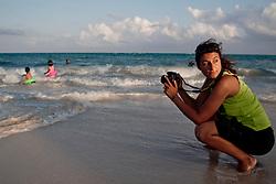 Stefania, viaggiatrice e fotografa, lavora facendo book e matrimoni negli hotel della riviera maya.