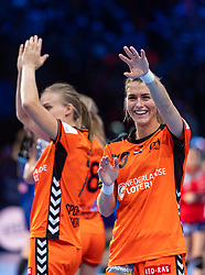 16-12-2018 FRA: Women European Handball Championships bronze medal match, Paris<br /> Romania - Netherlands 20-24, Netherlands takes the bronze medal / Estavana Polman #79 of Netherlands