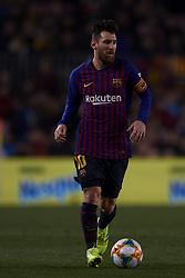 February 6, 2019 - Barcelona, Barcelona, Spain - Lionel Messi of Barcelona controls the ball during the Spanish Cup (King's cup), first leg semi-final match between FC Barcelona and  Real Madrid at Camp Nou stadium on February 6, 2019 in Barcelona, Spain. (Credit Image: © Jose Breton/NurPhoto via ZUMA Press)