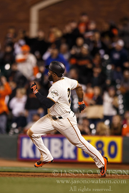 SAN FRANCISCO, CA - APRIL 18: Denard Span #2 of the San Francisco Giants runs the bases after hitting a triple against the Arizona Diamondbacks during the eighth inning at AT&T Park on April 18, 2016 in San Francisco, California. The Arizona Diamondbacks defeated the San Francisco Giants 9-7 in 11 innings.  (Photo by Jason O. Watson/Getty Images) *** Local Caption *** Denard Span