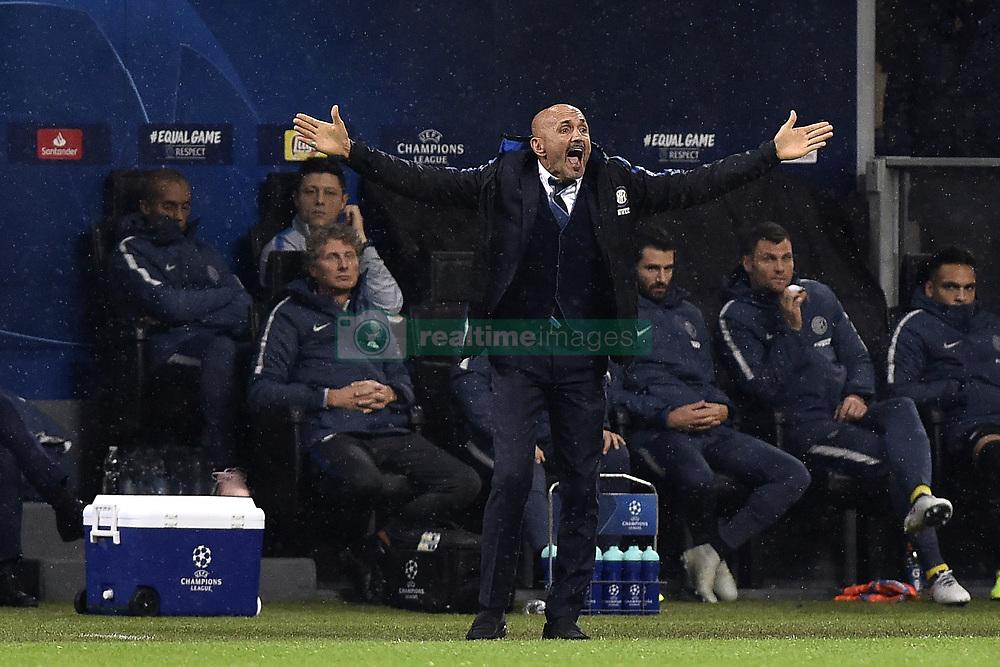 صور مباراة : إنتر ميلان - برشلونة 1-1 ( 06-11-2018 )  20181106-zaa-a181-390