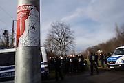 Magdeburg | 18 Jan 2014<br /> <br /> ACHTUNG BESONDERE HONORARKONDITIONEN!<br /> <br /> Am Samstag (19.01.2014) marschierten etwa 1000 Neonazis bei einem &quot;Gedenkmarsch&quot; durch Magdeburg, um der Bombardierungen der Stadt im 2. Weltkrieg zu &quot;gedenken&quot;.<br /> Hier: An einem Treffpunkt der Neonazis in Magdeburg klebt ein Aufkleber mit der Aufschrift &quot;Sch&ouml;ner leben ohne Nazil&auml;den.<br /> <br /> &copy;peter-juelich.com<br /> <br /> [No Model Release | No Property Release]
