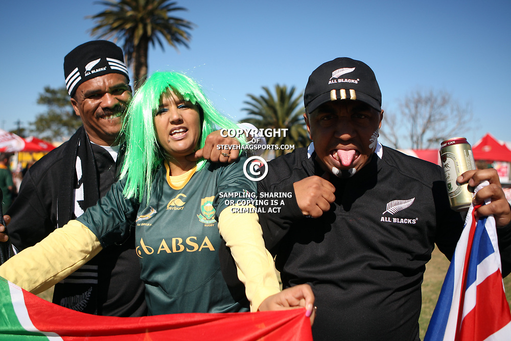 PORT ELIZABETH, SOUTH AFRICA - AUGUST 20, fan shows his emotions prior the Castle Lager Tri Nations match between South Africa and New Zealand from Nelson Mandela Bay Stadium on August 20, 2011 in Port Elizabeth, South Africa<br /> Photo by Steve Haag / Gallo Images