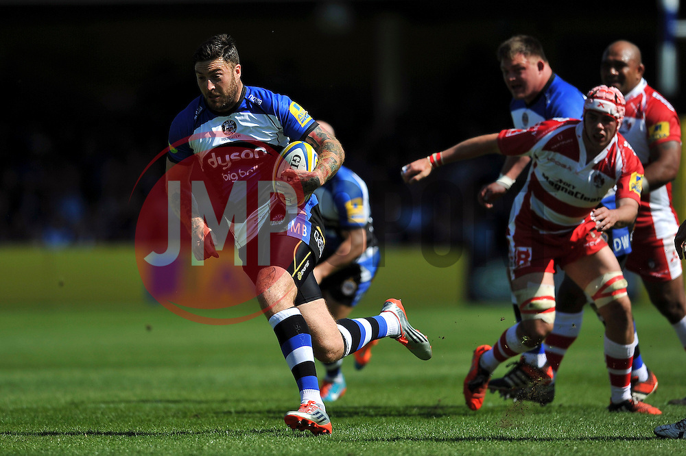 Matt Banahan of Bath Rugby goes on the attack - Photo mandatory by-line: Patrick Khachfe/JMP - Mobile: 07966 386802 16/05/2015 - SPORT - RUGBY UNION - Bath - The Recreation Ground - Bath Rugby v Gloucester Rugby - Aviva Premiership