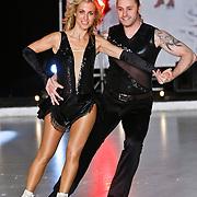 NLD/Utrecht/20110126 - Perspresentatie Sterren Dansen op het IJs 2011, Vivian Reijs en Nick Keagan