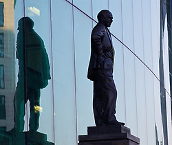 MANCHESTER, ENGLAND - Wednesday, March 16, 2016: A statue of former Manchester United manager and Liverpool captain Matt Busby outside Old Trafford stadium before the UEFA Europa League Round of 16 2nd Leg match between Manchester United and Liverpool. (Pic by David Rawcliffe/Propaganda)