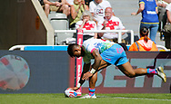 Ben Barba of St Helens  scores the try against  Widnes Vikings during the Betfred Super League match at the Dacia Magic Weekend, St. James's Park, Newcastle<br /> Picture by Stephen Gaunt/Focus Images Ltd +447904 833202<br /> 19/05/2018