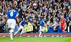 17.10.2010, Goodison Park, Liverpool, ENG, PL, Everton FC vs Liverpool FC, im Bild Everton's Tim Cahill celebrates scoring the opening goal against Liverpool during the 214th Merseyside Derby match at Goodison Park, EXPA Pictures © 2010, PhotoCredit: EXPA/ Propaganda/ D. Rawcliffe *** ATTENTION *** UK OUT!
