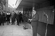 2/7/164<br /> 7/2/1964<br /> 2 July 1964<br /> <br /> An Taoiseach Mr. Sean Lemass preparing to unveil the Plaque for the new Guinness Laboratories