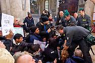 Roma 27 Febbraio 2015<br /> Attivisti dei  movimenti per il diritto all&rsquo;abitare hanno occupato la chiesa di Santa Maria del Popolo a Piazza del Popolo, per protestare contro  la manifestazione di Matteo Salvini segretario della Lega Nord. Le forze dell'ordine hanno sgomberato la chiesa, fermando due manifestanti.<br /> Rome February 27, 2015<br /> Movement activists for the right to housing have occupied the church of Santa Maria del Popolo, to Piazza del Popolo, to protest the event of Matteo Salvini secretary of the Northern League. The police have vacated the church, stopping two protesters.