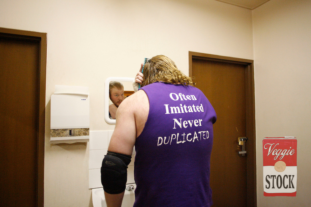 An Ultimate Wrestling Alliance wrestler back stage at the Seven Hills / Toongabbie RSL in Sydney, October 29, 2006.
