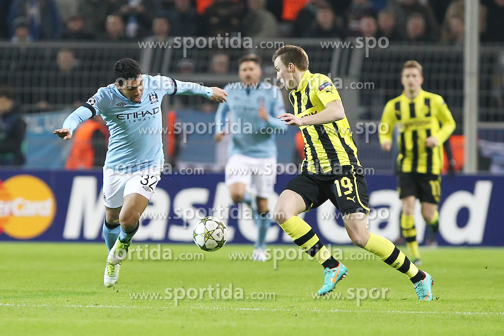 04.12.2012, Signal Iduna Park, Dortmund, GER, UEFA CL, Borussia Dortmund vs Manchester City, Gruppe D, im Bild Carlos TEVEZ (Manchester City), links im Zweikampf mit Kevin GROSSKREUTZ (Borussia Dortmund) // during UEFA Champions League group D match between Borussia Dortmund and Manchester Cityat the Signal Iduna Park, Dortmund, Germany on 2012/12/04. EXPA Pictures © 2012, PhotoCredit: EXPA/ Eibner/ Alexander Neis..***** ATTENTION - OUT OF GER *****