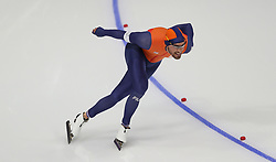 Nederlands' Kjeld Nuis on his way to gold in the Men's 1000m Speed Skating at the Gangneung Oval during day fourteen of the PyeongChang 2018 Winter Olympic Games in South Korea.