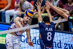 18-08-2017 NED: Oefeninterland Nederland - Italië, Doetinchem<br /> De Nederlandse volleybal mannen spelen hun eerste oefeninterland van twee in SaZa topsporthal tegen Italie als laatste voorbereiding op het EK in Polen. Nederland verliest met 3-0 / Filippo Lanza #10