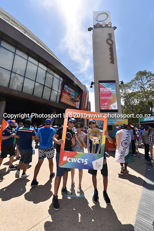 Fans during the ICC Cricket World Cup match between India and Pakistan at Adelaide Oval in Adelaide, Australia. Sunday 15 February 2015. Copyright Photo: Raghavan Venugopal / www.photosport.co.nz