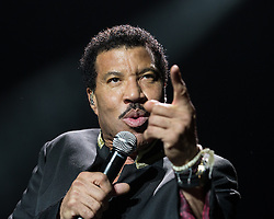 © Licensed to London News Pictures . 28/06/2016. Manchester , UK . LIONEL RICHIE performs live on stage at the Manchester Arena . Photo credit: Joel Goodman/LNP