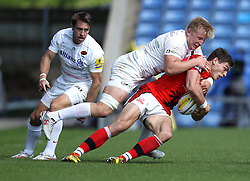 Saracens Jackson Wray tackles London Welsh's Chris Elder - Photo mandatory by-line: Robbie Stephenson/JMP - Mobile: 07966 386802 - 16/05/2015 - SPORT - Rugby - Oxford - Kassam Stadium - London Welsh v Saracens - Aviva Premiership