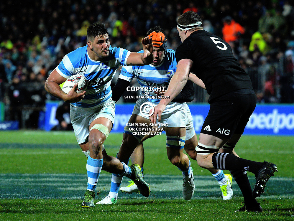 Pablo Matera in action during the Rugby Championship match between the NZ All Blacks and Argentina Pumas at Yarrow Stadium in New Plymouth, New Zealand on Saturday, 9 September 2017. Photo: Dave Lintott / lintottphoto.co.nz