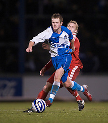 BRISTOL, ENGLAND - Thursday, January 15, 2009: Liverpool's Chris Buchtmann in action against Bristol Rovers' Jack McKenna during the FA Youth Cup match at the Memorial Stadium. (Mandatory credit: David Rawcliffe/Propaganda)
