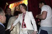 Jo Elvin. Glamour magazine launch party. Red Cube. 6 March 2001. © Copyright Photograph by Dafydd Jones 66 Stockwell Park Rd. London SW9 0DA Tel 020 7733 0108 www.dafjones.com