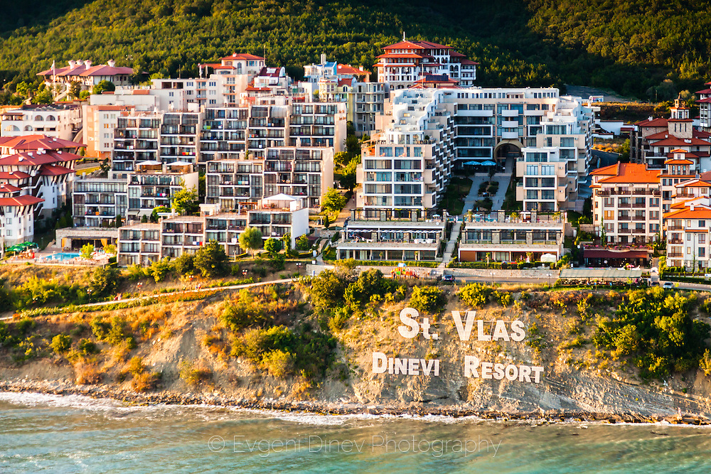 St. Vlas, Dinevi Resort