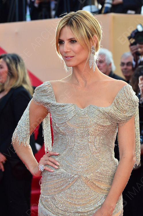 24.MAY.2012. CANNES<br /> <br /> HEIDI KLUM ATTENDS THE PREMIERE OF THE PAPERBOY AT THE PALAIS DE FESTIVAL IN CANNES DURING THE 65TH CANNES FILM FESTIVAL<br /> <br /> BYLINE: JO ALVAREZ/EDBIMAGEARCHIVE.COM<br /> <br /> *THIS IMAGE IS STRICTLY FOR UK NEWSPAPERS AND MAGAZINES ONLY*<br /> *FOR WORLD WIDE SALES AND WEB USE PLEASE CONTACT EDBIMAGEARCHIVE - 0208 954 5968*