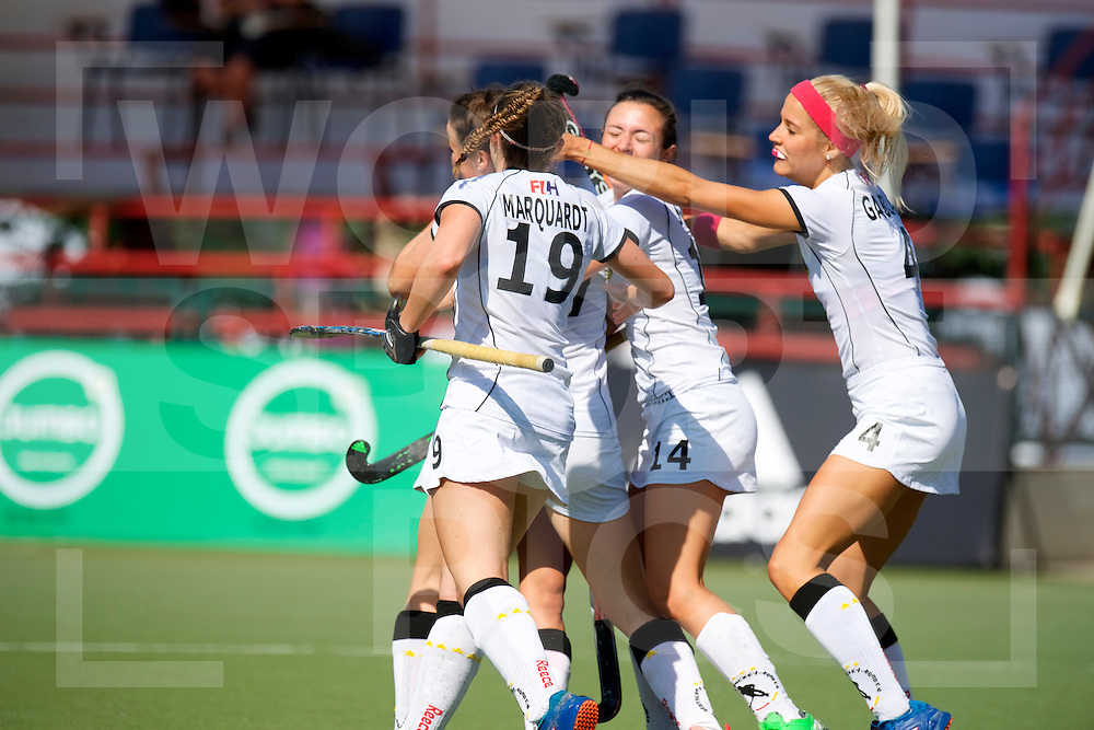 SANTIAGO - 2016 8th Women's Hockey Junior World Cup<br /> GER v FRA (Pool B)<br /> foto:  Annelotte Ziehm <br /> FFU PRESS AGENCY COPYRIGHT FRANK