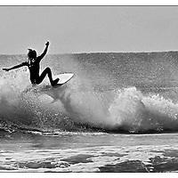 Surf -Black & White