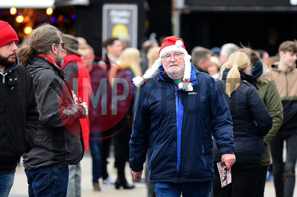 Bristol City fans arrive for the Boxing Day game against Reading - Mandatory by-line: Dougie Allward/JMP - 26/12/2017 - FOOTBALL - Ashton Gate Stadium - Bristol, England - Bristol City v Reading - Sky Bet Championship