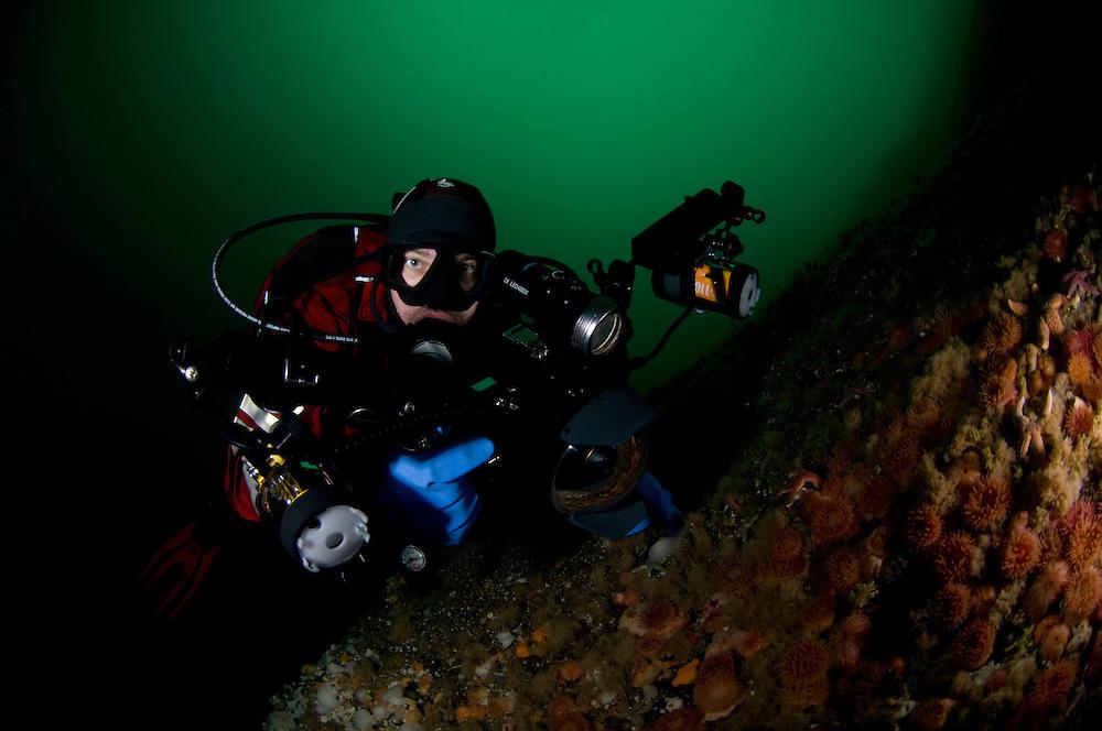 Magnus Lundgren photographed by Klas Malmberg<br /> Atlantic marine life, Saltstraumen, Bod&ouml;, Norway<br /> Model release by photographer