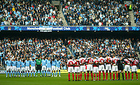Fotball<br /> Premier League England 2004/2005<br /> Foto: BPI/Digitalsport<br /> NORWAY ONLY<br /> <br /> 25.09.2004<br /> <br /> Manchester City v Arsenal<br /> <br /> The two teams hold a minutes silence in memory of Brian Clough