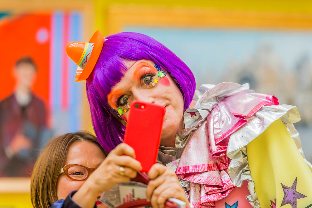 Grayson Perry is captured in a selphie in front of the works he curated Royal Academy celebrates its 250th Summer Exhibition, and to mark this momentous occasion, the exhibition is co-ordinated by Grayson Perry RA.