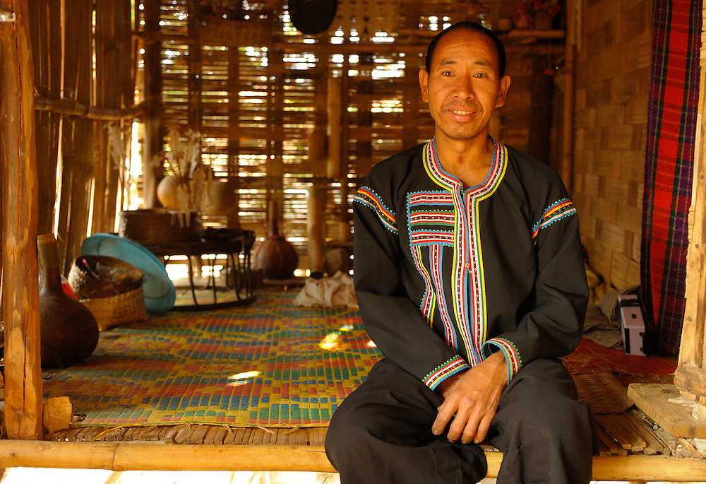 Shaman, Hilltribe, Lahu Village, Ban Giugan, Thailand