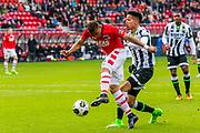 ALKMAAR - 19-03-2017, AZ - ADO Den Haag, AFAS Stadion, AZ speler Dabney dos Santos Souza scoort hier de 1-0, doelpunt, ADO Den Haag speler Tyronne Ebuehi