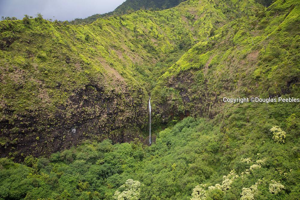 Waterfall, Hanalei, Kauai, Hawaii