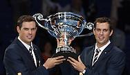 ATP World Tour Finals  2013 in der O2 Arena in London, HerrenTennis Turnier, WM, Weltmeisterschaft, Doppel Spieler  Bob und Mike Bryan (USA) mit zwei Auszeichnungen bei der Vergabe der ATP World Tour Awards.
