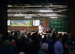 © Licensed to London News Pictures. 21/12/2012. Reading, UK Auction house Thimbleby and Shorland holds its annual traditional christmas poultry sale today 21st December 2012 in Reading, Berkshire. Over 500 lots of fresh turkeys, chickens, geese and duck, all oven ready and rough plucked were available for sale. The general public in the UK are reported  to spend over 300 million GBP on turkey over the Christmas season.. Photo credit : Stephen Simpson/LNP