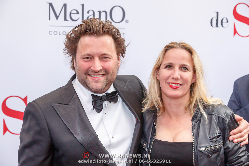 NLD/Amsterdam20150518 - Premiere De Surprise, Tjebbo Gerritsma met partner