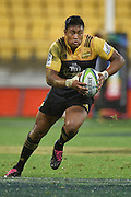 Hurricanes' Julian Savea runs the ball during the Hurricanes vs Highlanders Super Rugby  match at the Westpac Stadium in Wellington on Friday the 27th of May 2016. Copyright Photo by Marty Melville / www.Photosport.nz