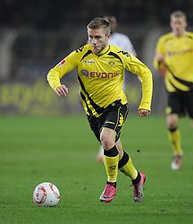 FUSSBALL   1. BUNDESLIGA   SAISON 2010/2011  14. SPIELTAG    27.11.2010 Borussia Dortmund - Borussia Moenchengladbach Jakub  Blaszczykowski (Borussia Dortmund) am Ball
